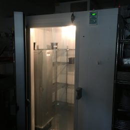 Ex subway 1.8 mtr square matching chiller and freezer  Ceiling unit 1 yrs use only