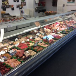 Just arrived 2  mtr and 2.5 mtr criosbanc fresh meat deli counters 