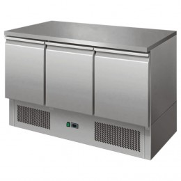 Available in 2 and 3 door models, basic sandwich prep chiller